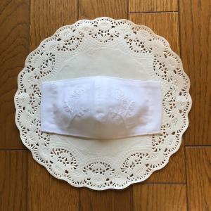 【ハンドメイド】手拭いでミニバラの立体マスク【刺繍】