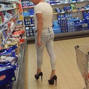 この靴はパンツに合わなかったと思う