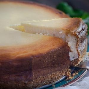 朝から娘たちとチーズケーキづくり