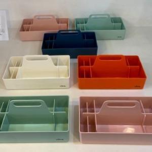 人気のvitra TOOL BOX...「デザイン性と機能性を併せ持った収納ボックス」入荷しました♪