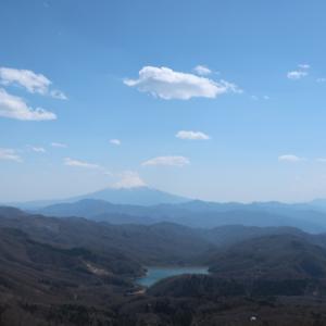 白糸の滝駐車場から大菩薩嶺を登って来たよ!