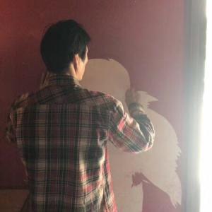 昨日の続きのむしりとられた壁の話。 中国厦門の日本料理バルCHILLの工事状況