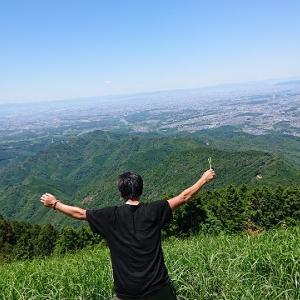 大阪で絶景が見れる山!【岩湧山】