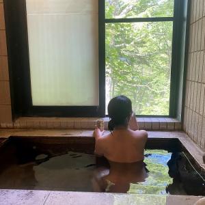 極上貸切風呂の癒し 【中の湯温泉旅館】 絶景の宿