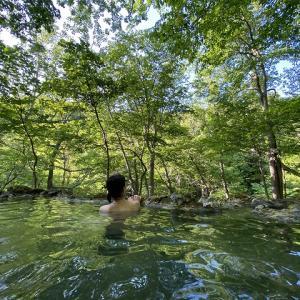 知床地の果てに湧く神秘の湯 【 三段の湯 】 岩尾別温泉