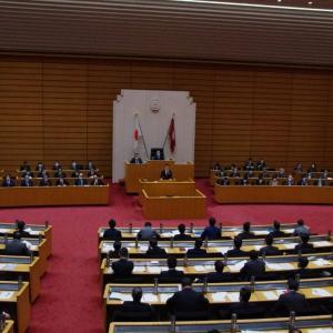 9月議会代表質問が行われました