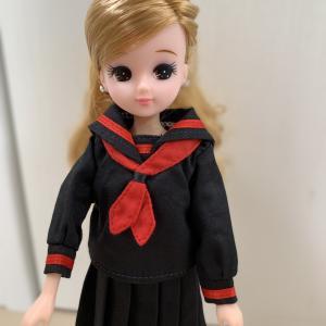 セーラー服もとっても似合うね♪な、リカちゃん。