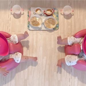 【バンボで交互に】双子の効率的な離乳食の食べさせ方(8ヶ月)