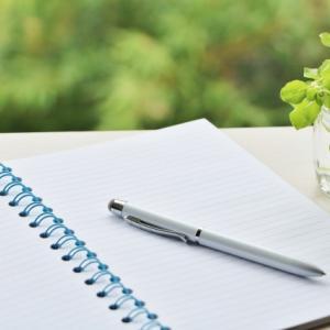 心の断捨離には、ノートの書きまくりがおすすめ!(毒親育ちの捨て活セラピー2)