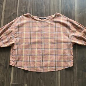 チェックの服のコーデ:自分らしさを育てる着方(持ち服の紹介1)