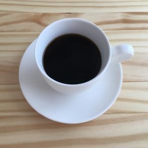 ニトリでカップ&ソーサーを買った結果、ついにコーヒーを飲めた。