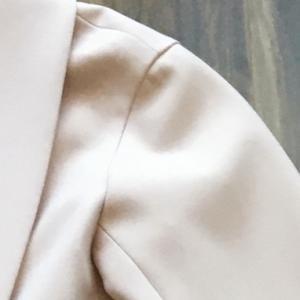 ピンクの似合う色の見分け方:ブルベとイエベの判断基準とは?(服選びの方法)。