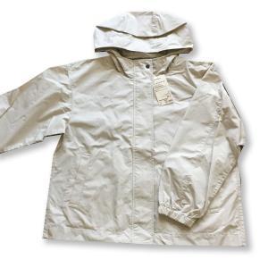無印良品のおすすめの服:地味な色(ベーシックカラー)の羽織物3つ(2021年)。
