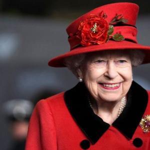 英国。女王陛下の空母・出航!