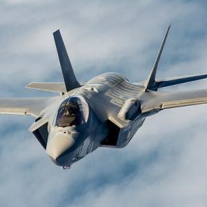 スイス。国民投票でロッキード・F-35A導入!