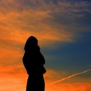 結婚したい彼氏になかなか会えない…。寂しさを感じたときに解消する方法3選!