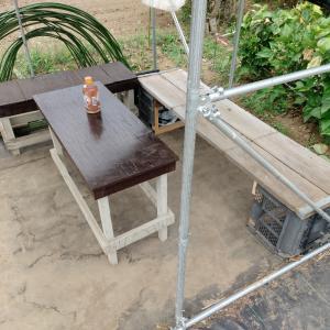 先日余り物で作った長椅子