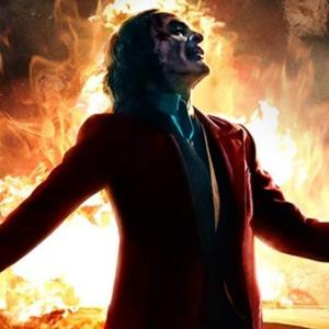 Joker : いきなりメガヒットが予想されるホアキン・フェニックス主演のアンチ・ヒーロー映画「ジョーカー」の IMAX ポスター ! !