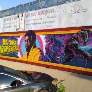Black Panther mural : 黒豹殿下の故チャドウィック・ボーズマンにトリビュートした「ブラック・パンサー」のクールな壁画のストリート・アート ! !