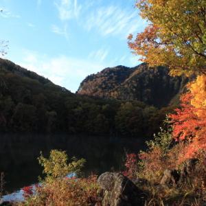 志賀高原の紅葉池巡り~丸池