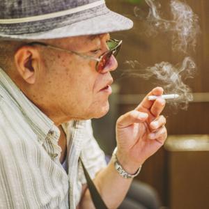 喫煙者の急性鼻副鼻腔炎、テオフィリンとトスフロキサシンは併用出来ますか?