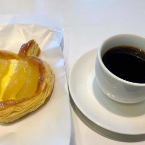ブーランジェリーカフェ「デリフランス Delifrance」で、ひと休み