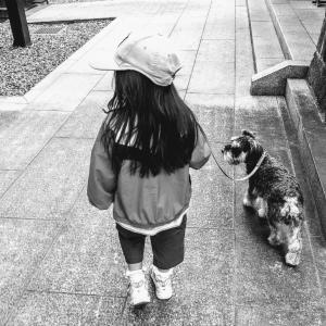 5歳児が撮った飼い犬の写真がなんともシュールで焦ったので、ご覧あれっ!