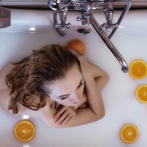化粧水と乳液とクリームって全部必要なの?肌状態と美容成分がポイント!