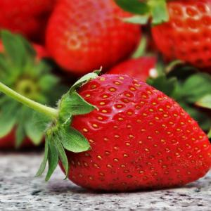 ビタミンCの1日の摂取量は?美容効果を実感したい人が摂るべき量とは!