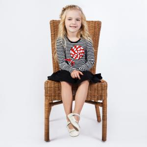 子供の食事の時、椅子は足がつく方が良い?驚きの理由と選定ポイントは?