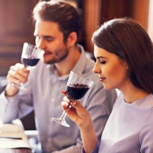 デートの会話内容で女性を楽しませるものはコレ!