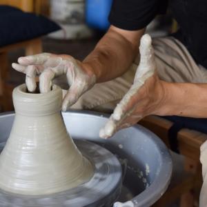 心静かに土と向き合う 30代40代から始める陶芸のすすめ