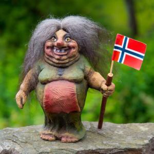 学費無料!ノルウェーの大学院に正規留学する場合 必要なお金