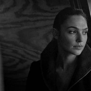 Justice League: Gal Gadot Officially Supports #ReleaseTheSnyderCut