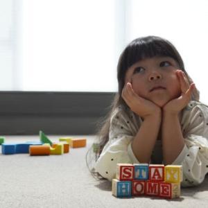 2歳半の室内でのボール遊びの効果と注意点。準備万端にして楽しもう!