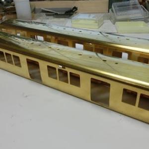 京阪2600系は中間車の箱組