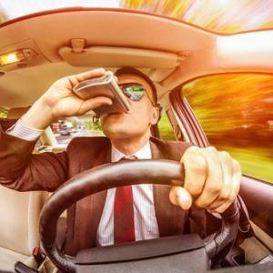 飲酒検知拒否罪って?アルコール呼気検査を拒否したドライバーの悲惨な末路