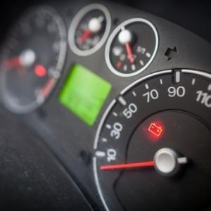 車のバッテリー寿命判断は?交換の覚悟がいる代表的な5つの劣化症状