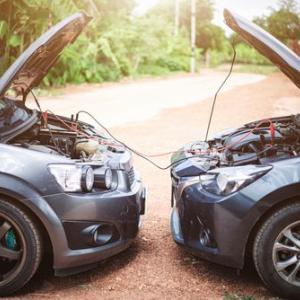 車のバッテリー上がりは自然回復しない!?簡単にエンジンをかける復活方法