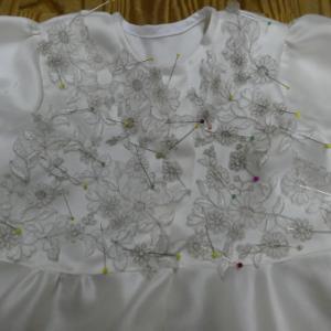 Wドレスリメイク→100サイズドレス刺繍付け (R57)
