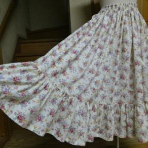 スカート1点、出品しました