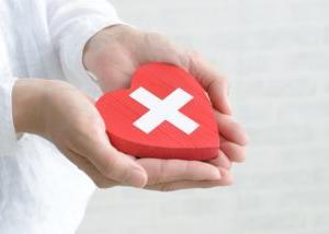 1877年5月1日は、「日本赤十字社創立記念日」