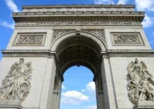 1836年7月29日は、エトワール凱旋門の落成式を記念して、制定された。