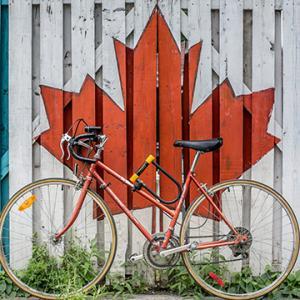 カナダの公用語は英語に加えてフランス語も!その理由と使われ方は?