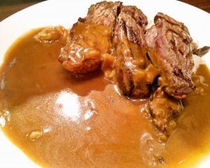 いきなりステーキの「ステーキカレーライス」はコスパ最高のランチ