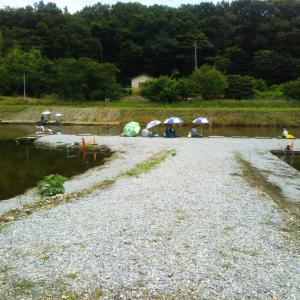 小山養魚場大池