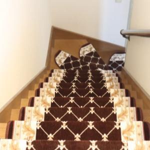 階段から落ちるので階段マット買いました(笑)