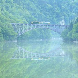 第一只見川橋梁、今年初の川霧を見る