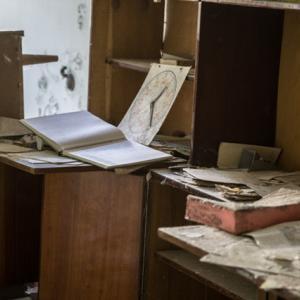 部屋の片づけ・整理をすると自分が何に価値を見出し、お金を使ってきたのか?がわかる