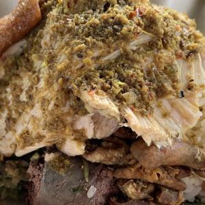 美味しい〜豚の丸焼き「バビグリン」